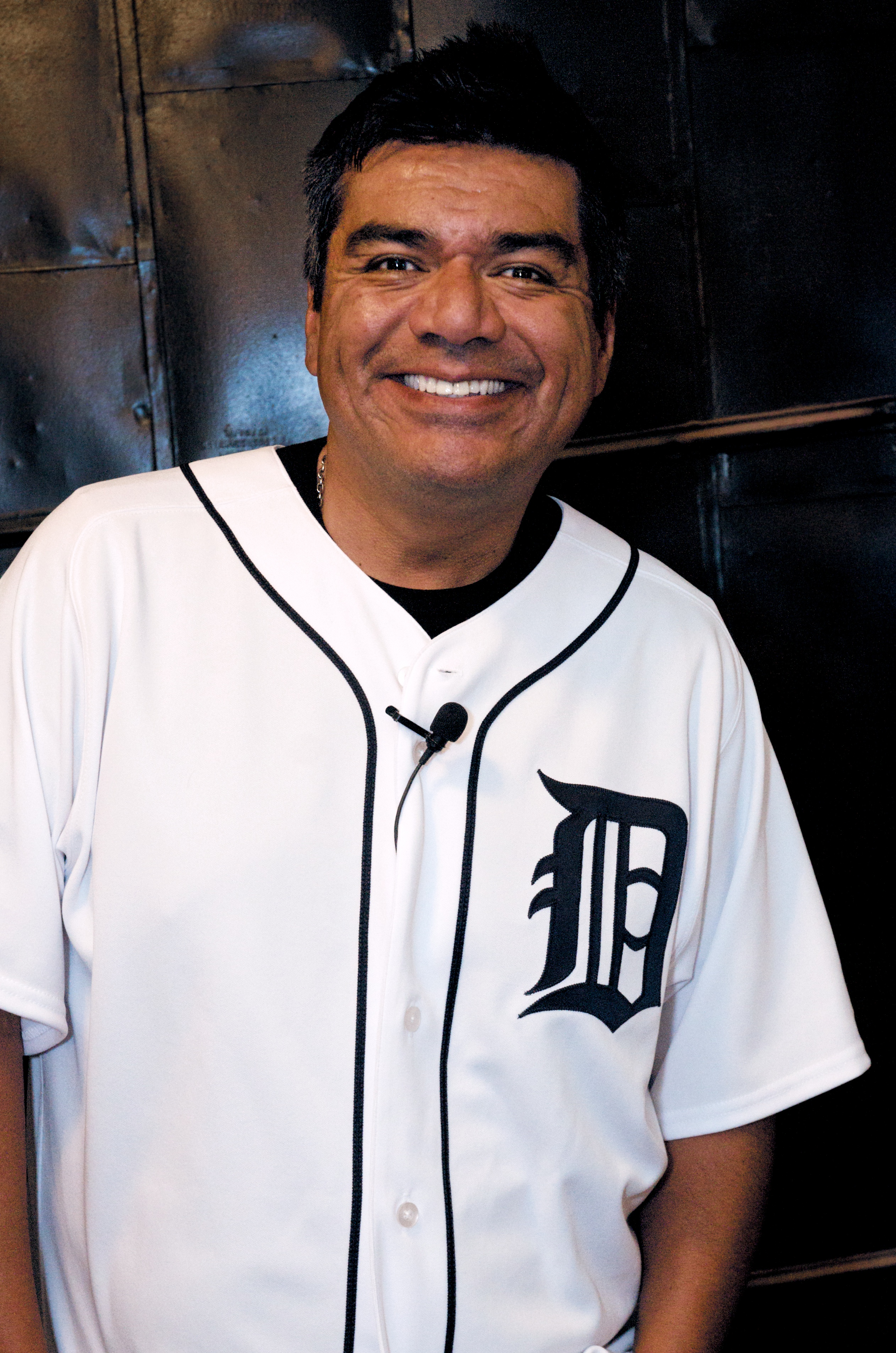 Image Result For George Lopez Tv Series Wikipedia
