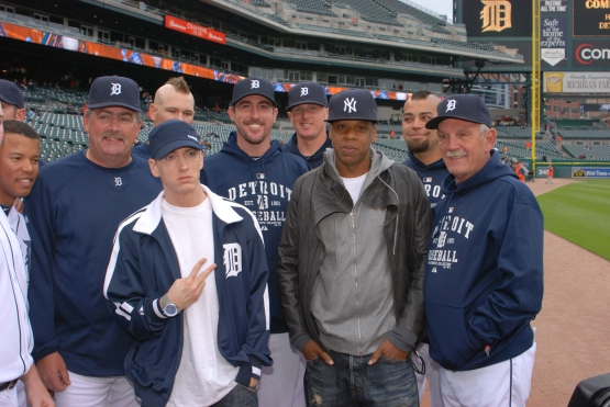 Jay-Z and Eminem with members of the 2010 Detroit Tigers.